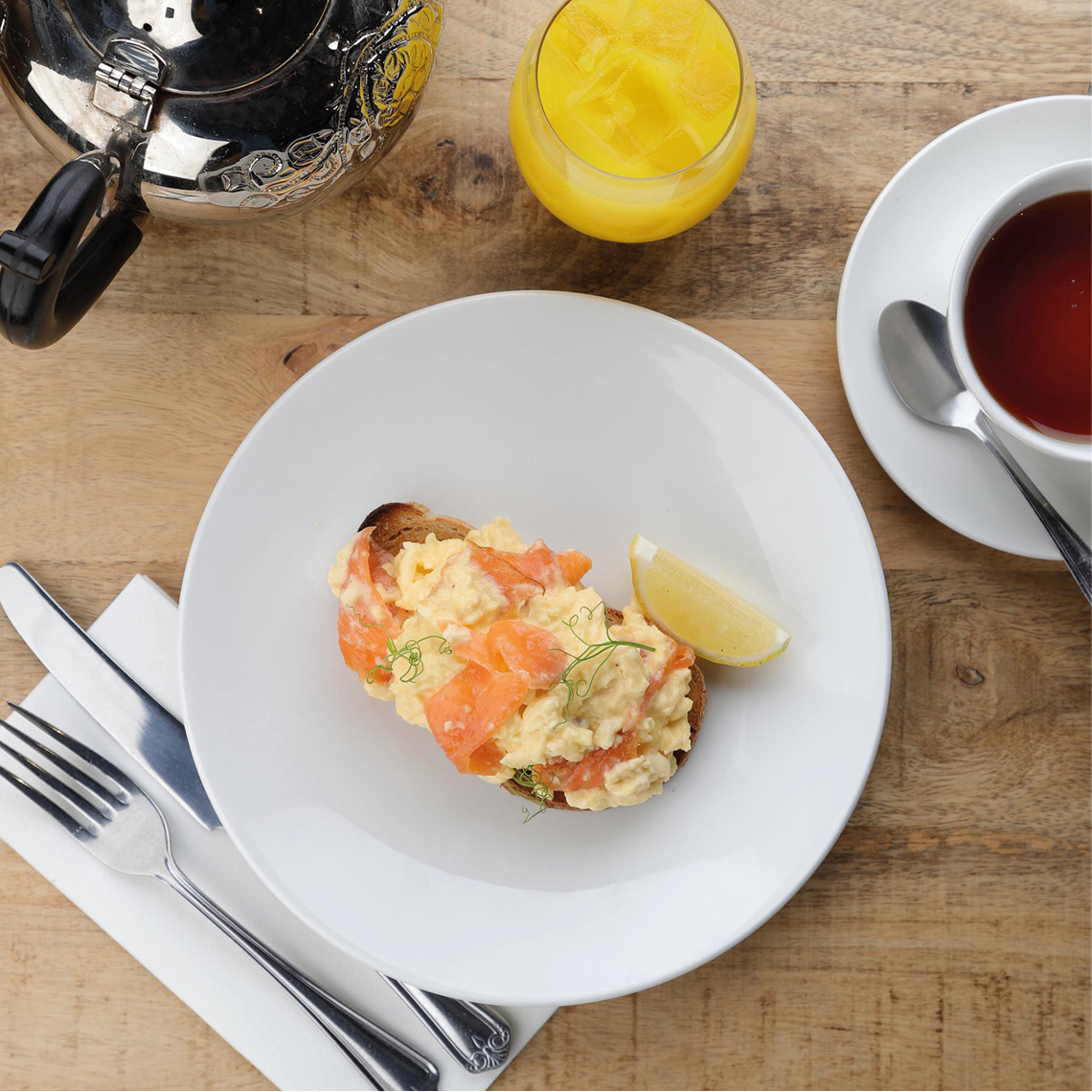 scrambled egg and smoked salmon brunch