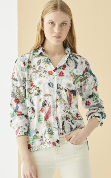 This nature inspired print Isabella shirt from Vilagallo at Restoration Yard is perfect for the new season