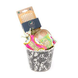 Dutch Pot Gift Set Raindrops and Green Tea | Restoration Yard