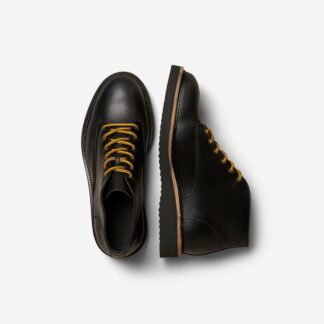 Leather Hiking Chukka Boot Black by Selected Homme | Restoration Yard