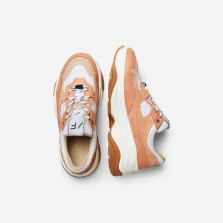 Gavina Cork Trainer by Selected Femme | Restoration Yard